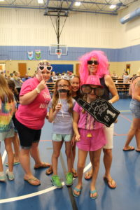 Picture of families at the all school picnic